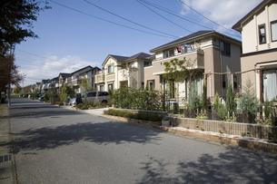 新興住宅地の町並みの写真素材 [FYI03202254]