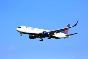 ジェット機 DELTA航空の写真素材 [FYI03202664]