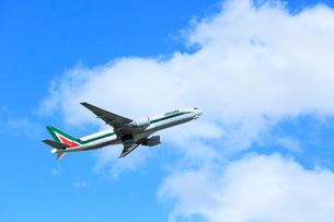 ジェット機 アリタリア航空の写真素材 [FYI03202712]