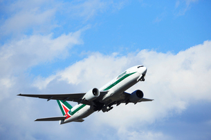 ジェット旅客機 アリタリア航空の写真素材 [FYI03202913]