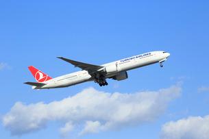 ジェット旅客機 トルコ航空の写真素材 [FYI03202936]