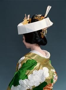 和装花嫁の後ろ姿の写真素材 [FYI03203337]