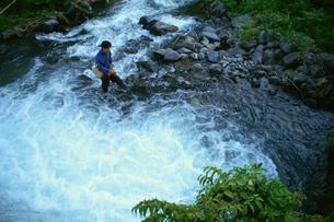 渓流釣りの写真素材 [FYI03203346]