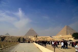 ピラミッドとスフィンクスの写真素材 [FYI03203579]