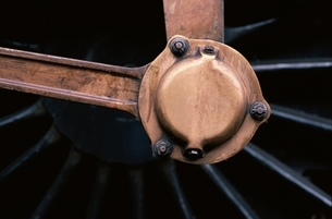 蒸気機関の部品のアップの写真素材 [FYI03203870]