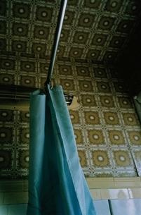 シャワーカーテンの写真素材 [FYI03204544]