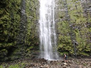 ハナコースト先のワイモク滝の写真素材 [FYI03207071]