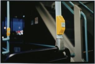バスのストップボタンの写真素材 [FYI03207216]