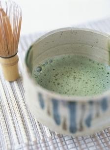 茶筅と抹茶の写真素材 [FYI03207563]