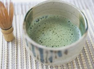 茶筅と抹茶の写真素材 [FYI03207566]