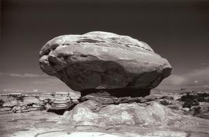 国立公園の岩盤 B/W アーチズ ユタ アメリカの写真素材 [FYI03207990]