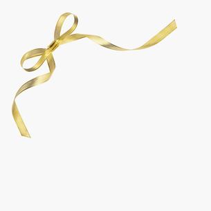 ゴールドリボンの蝶結びの写真素材 [FYI03213613]