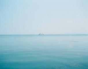 船と海の写真素材 [FYI03213968]