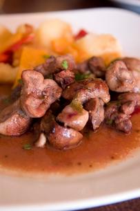 子牛の腎臓の料理の写真素材 [FYI03214637]
