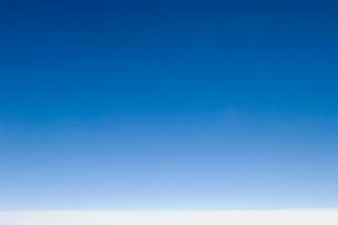 雲の上の青空の写真素材 [FYI03214699]