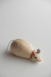 仙台張子の干支置物 ネズミの写真素材 [FYI03215180]