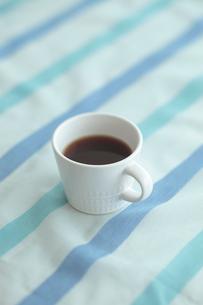 マグカップとコーヒーの写真素材 [FYI03215350]