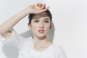 日本人女性のビューティーイメージの写真素材 [FYI03215529]