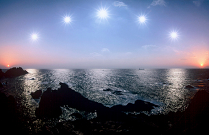 本州最南端太陽の軌跡の写真素材 [FYI03217064]
