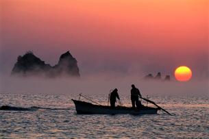 田原の海霧の写真素材 [FYI03217066]