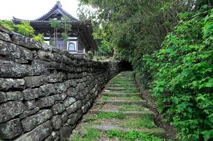 熊野古道大辺路の富田坂の写真素材 [FYI03217378]