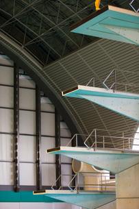 高飛び込み競技の飛び込み台の写真素材 [FYI03219695]