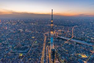 東京スカイツリーライトアップ,空撮の写真素材 [FYI03219869]