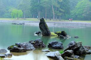毛越寺 浄土庭園 大泉が池の写真素材 [FYI03220638]