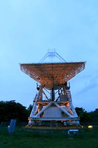国立天文台VERA小笠原観測局 天文広域精測望遠鏡の写真素材 [FYI03221721]