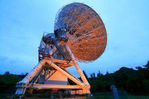 国立天文台VERA小笠原観測局 天文広域精測望遠鏡の写真素材 [FYI03221726]