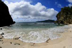 ワイビーチ 南崎 母島の写真素材 [FYI03221814]