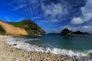 南崎 鰹鳥島 小富士 母島の写真素材 [FYI03221831]