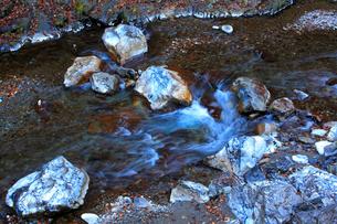 中津川と石灰岩の写真素材 [FYI03223276]