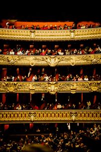 オペラ・ガルニエの客席の写真素材 [FYI03223923]