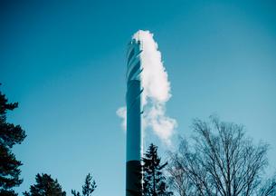 北欧の煙突の煙の写真素材 [FYI03224042]