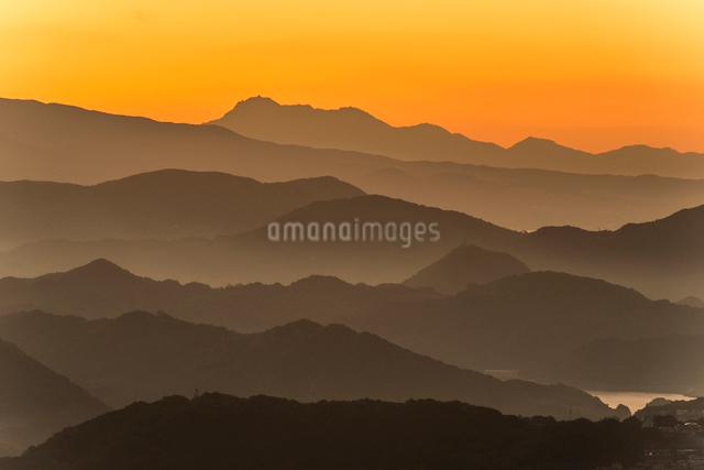 弓張岳より雲仙普賢岳を望むの写真素材 [FYI03224127]