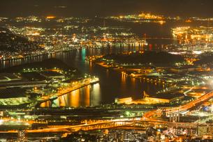皿倉山から北九州の夜景の写真素材 [FYI03224136]