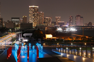 晴海客船ターミナルより望む夜景の写真素材 [FYI03224414]