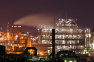 鹿嶋工業地帯の夜景を望むの写真素材 [FYI03224494]