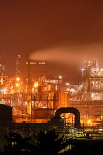 鹿嶋工業地帯の夜景を望むの写真素材 [FYI03224498]