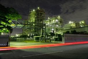 川崎バイオマス発電所の夜の写真素材 [FYI03224520]