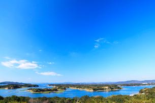 伊勢志摩,登茂山公園桐垣展望台より英虞湾の島々を望むの写真素材 [FYI03224684]
