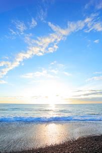 海と朝日の写真素材 [FYI03224712]