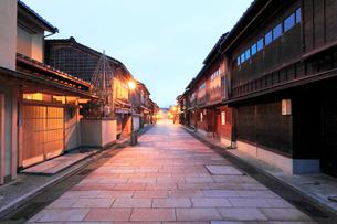 北陸金沢,ひがし茶屋街の写真素材 [FYI03224721]
