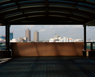 東京の風景 ゆりかもめの駅にての写真素材 [FYI03224953]