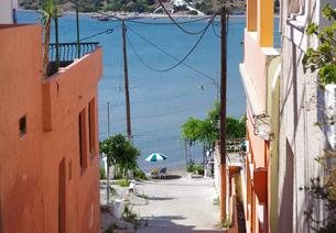 エギナビーチの道の写真素材 [FYI03224954]
