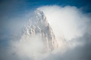 パタゴニアの名峰フィッツロイの山頂の写真素材 [FYI03225843]