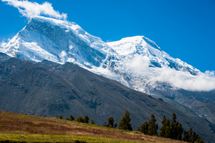 ペルー最高峰ワスカランの写真素材 [FYI03226229]
