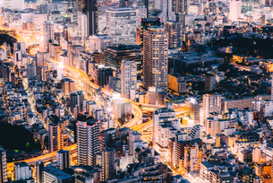 東京 港区麻布の夜景の写真素材 [FYI03226600]