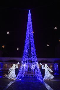 茨城県立県民文化センターのクリスマスイルミネーションの写真素材 [FYI03226938]